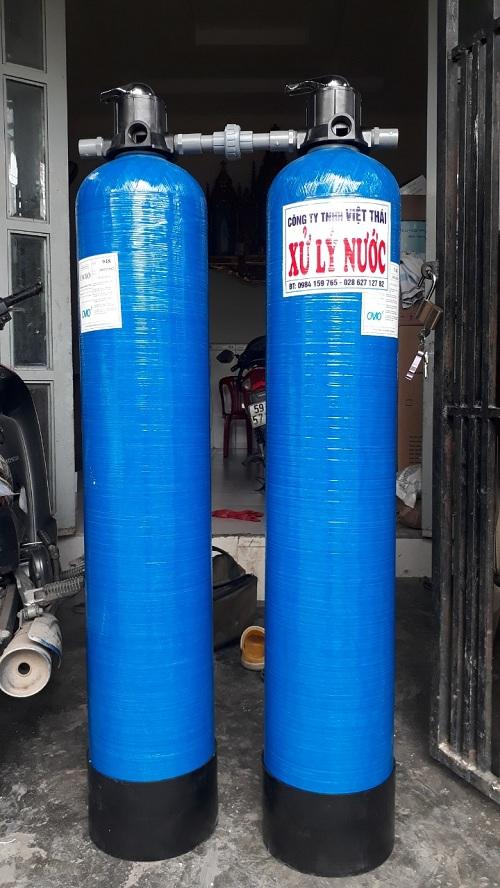 Bộ lọc nước phèn sắt, màu vàng, mùi tanh hôi,loại bỏ tập chất với cột lọc composite 1054 lọc sạch phèn, tạo ra nguồn nước sạch cho sinh hoạt gia đình.